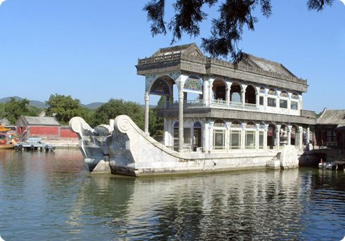 Marble Boat (Shifang) is a structure tracing back from Emperor Qianlong's reign (1711-1799).