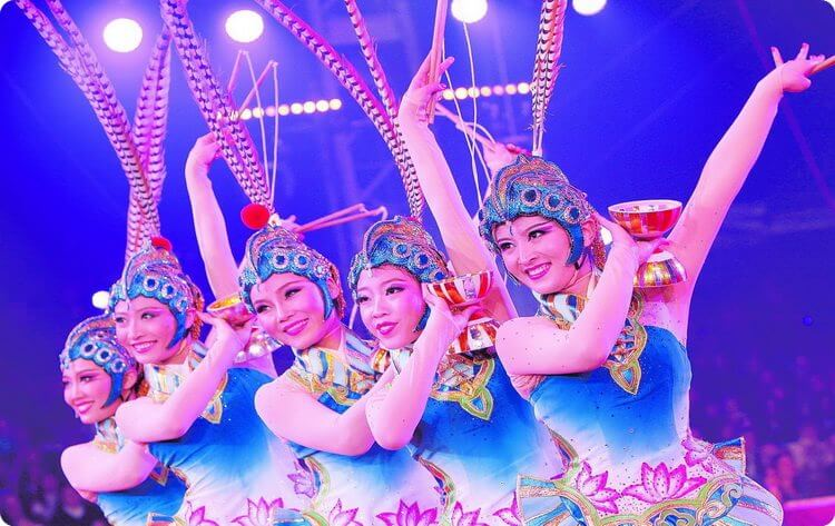 Chinese Acrobatics Show